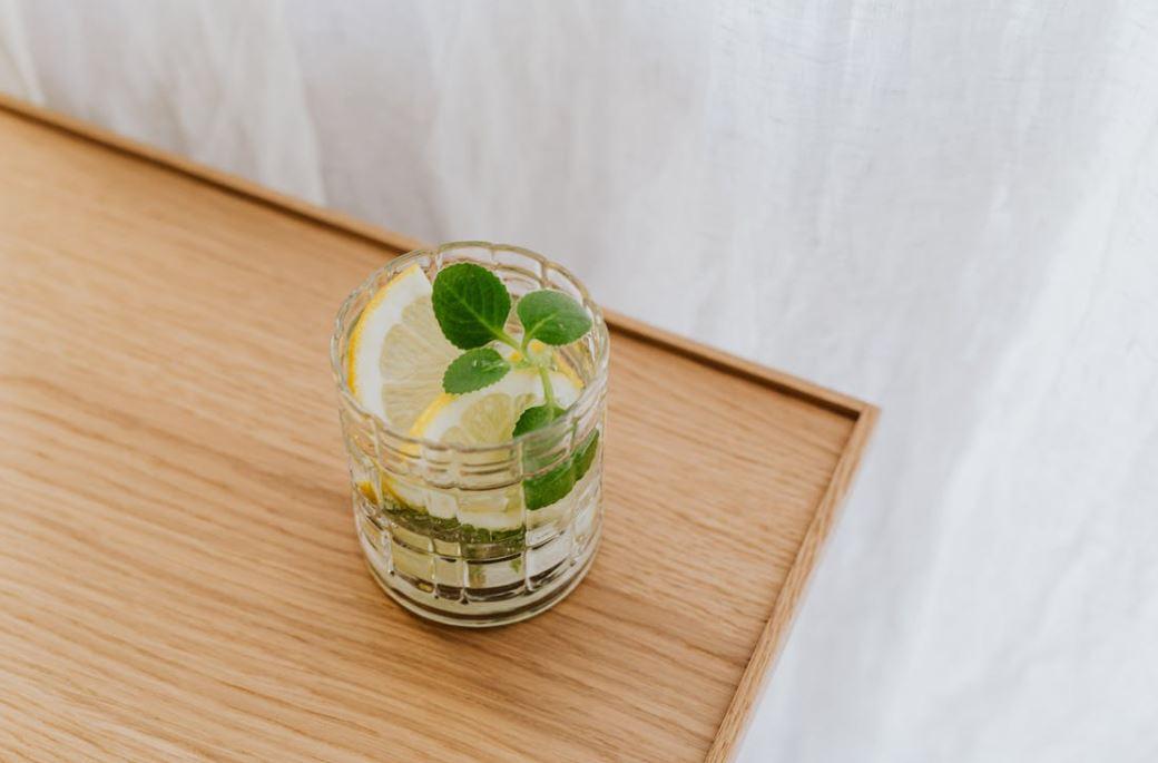 Entspannen mit einem Sirup Drink